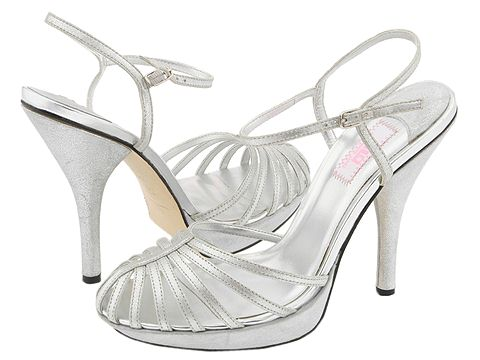 7769 204417 p - J LO sandals collection