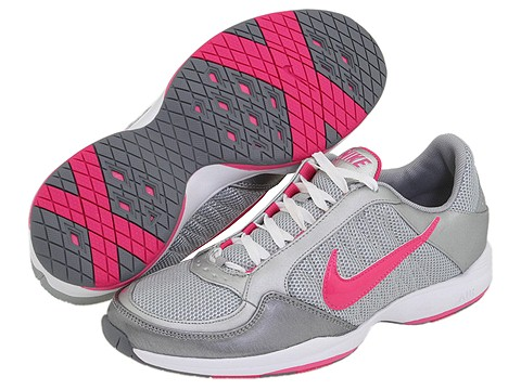 Nike Air Essential Sister : Nike Women s Cross Training Shoes