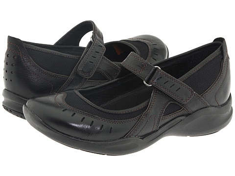 Clarks - Wave.Cruise (Black Leather) Women's Shoes