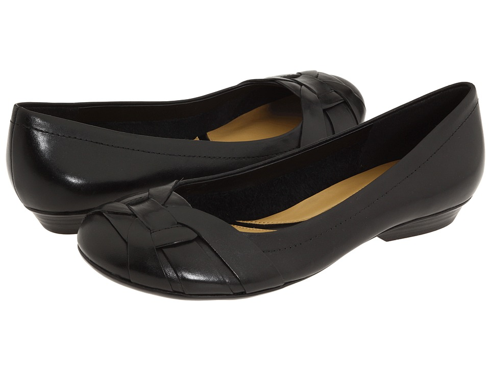 Naturalizer - Maude (Black Leather) Women's Flat Shoes
