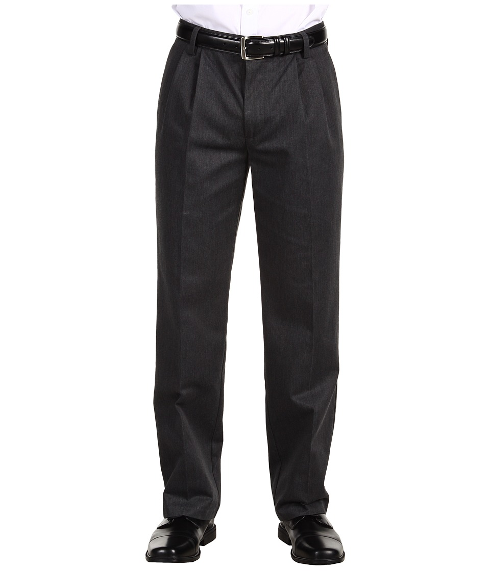 Dockers Men's - Signature Khaki D3 Classic Fit Pleated (Charcoal Heather) Men's Casual Pants