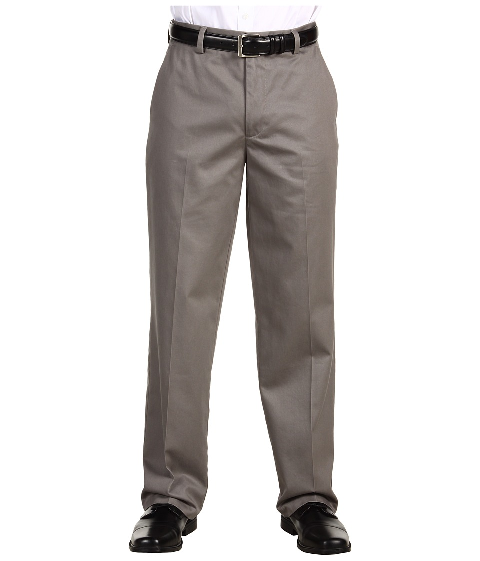 Dockers Men's - Signature Khaki D3 Classic Fit Flat Front (Fog) Men's Casual Pants
