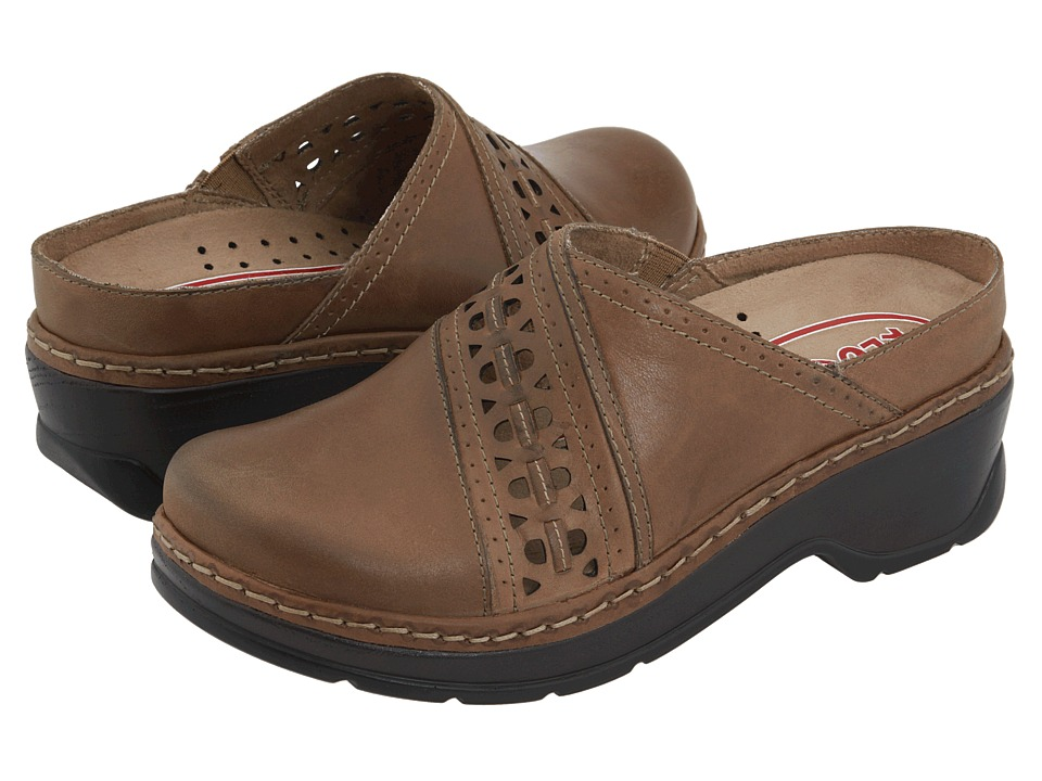 Klogs Footwear - Syracuse (Driftwood Smooth) Women's Clog Shoes