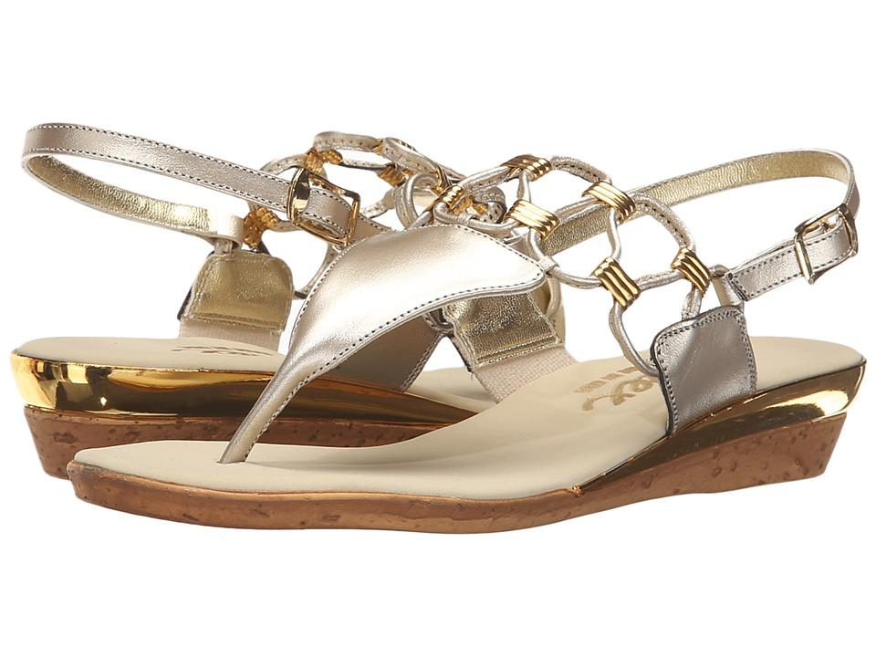 Onex Holly (Platinum) Women\u0027s Shoes