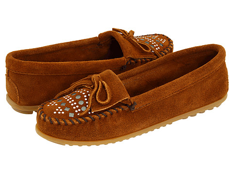 Minnetonka - Suede Studded Moc (Brown Suede) Women's Slippers