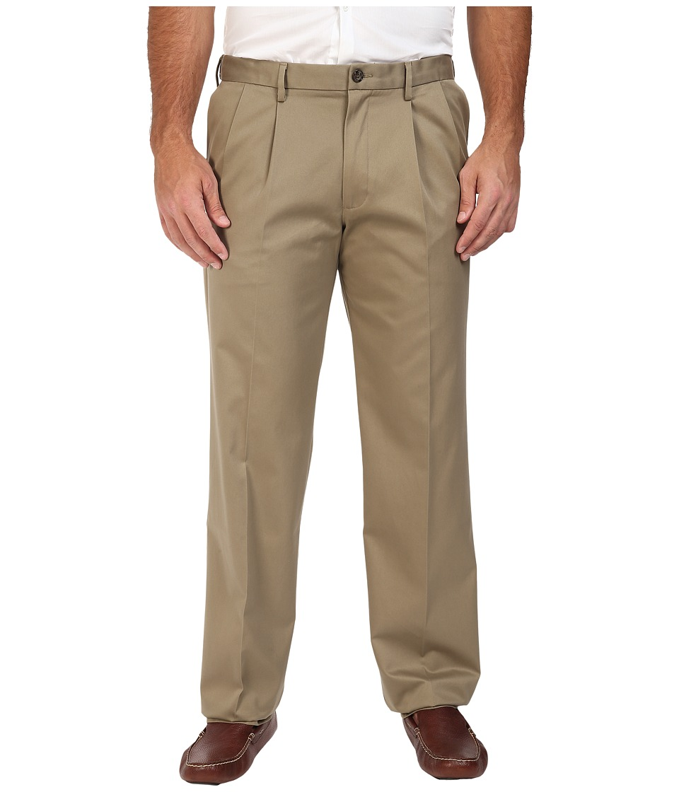 Dockers Big & Tall - Big Tall Signature Khaki D3 Classic Fit Pleated (Dark Khaki) Men's Clothing