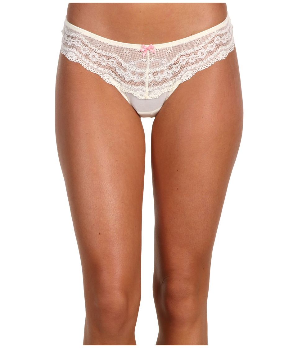 Betsey Johnson - Eyelet Lace Lo-Rise Wide Side Thong 722325 (Suzy Snow) Women's Underwear