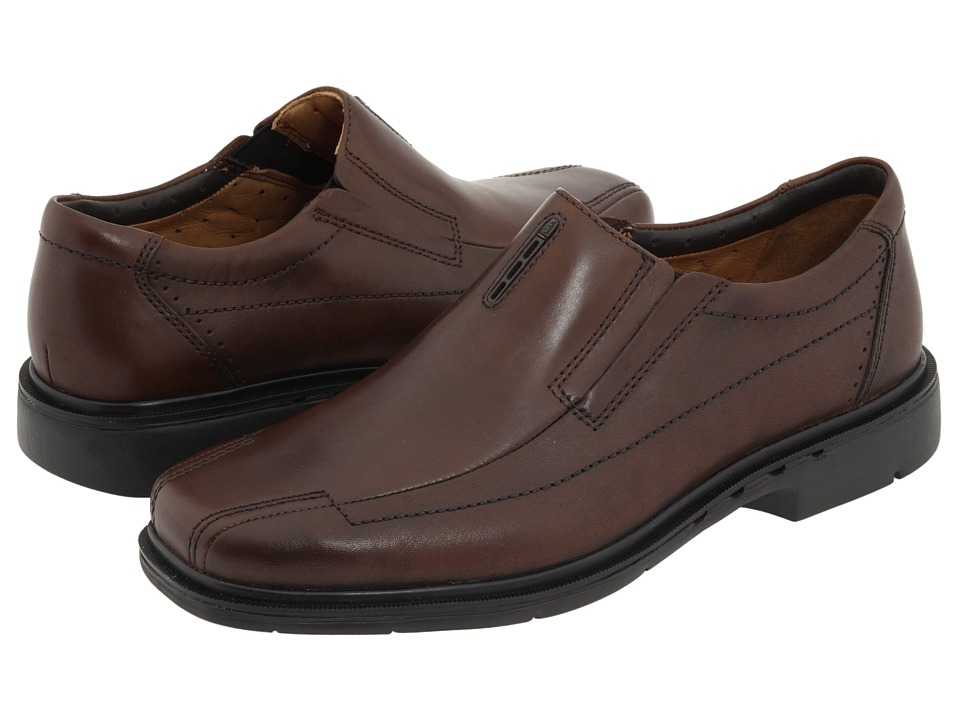 Clarks - Un.sheridan (Brown Leather) Men's Slip-on Dress Shoes