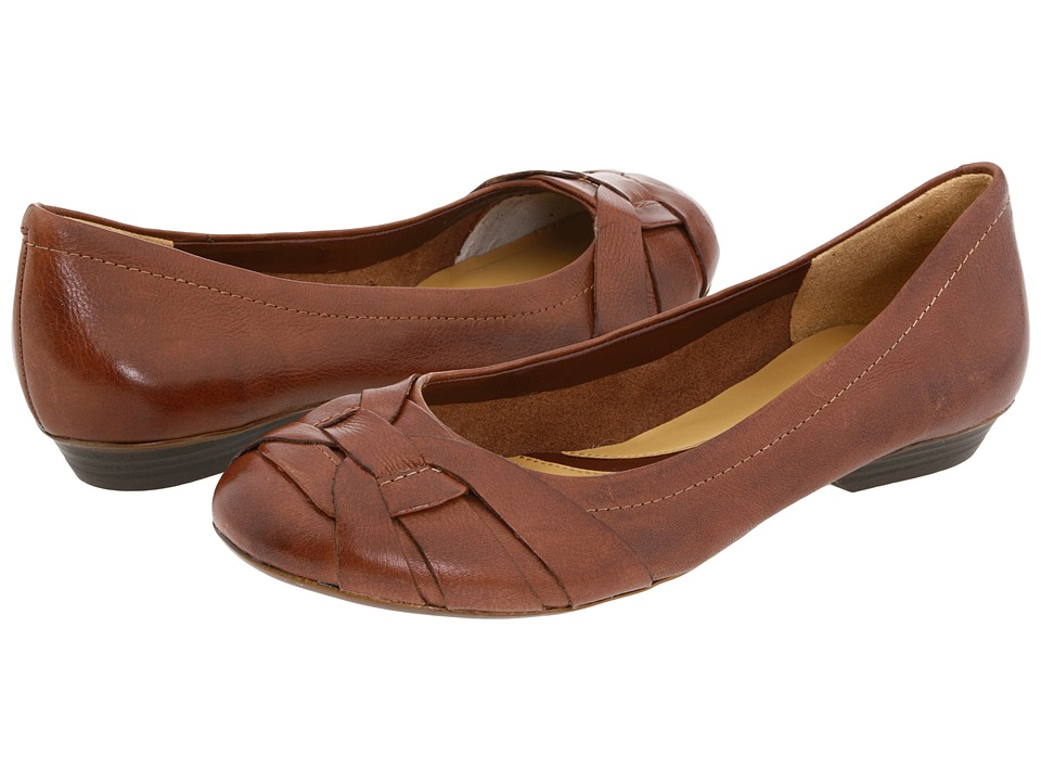 Naturalizer - Maude (Coffee Bean Leather) Women's Flat Shoes