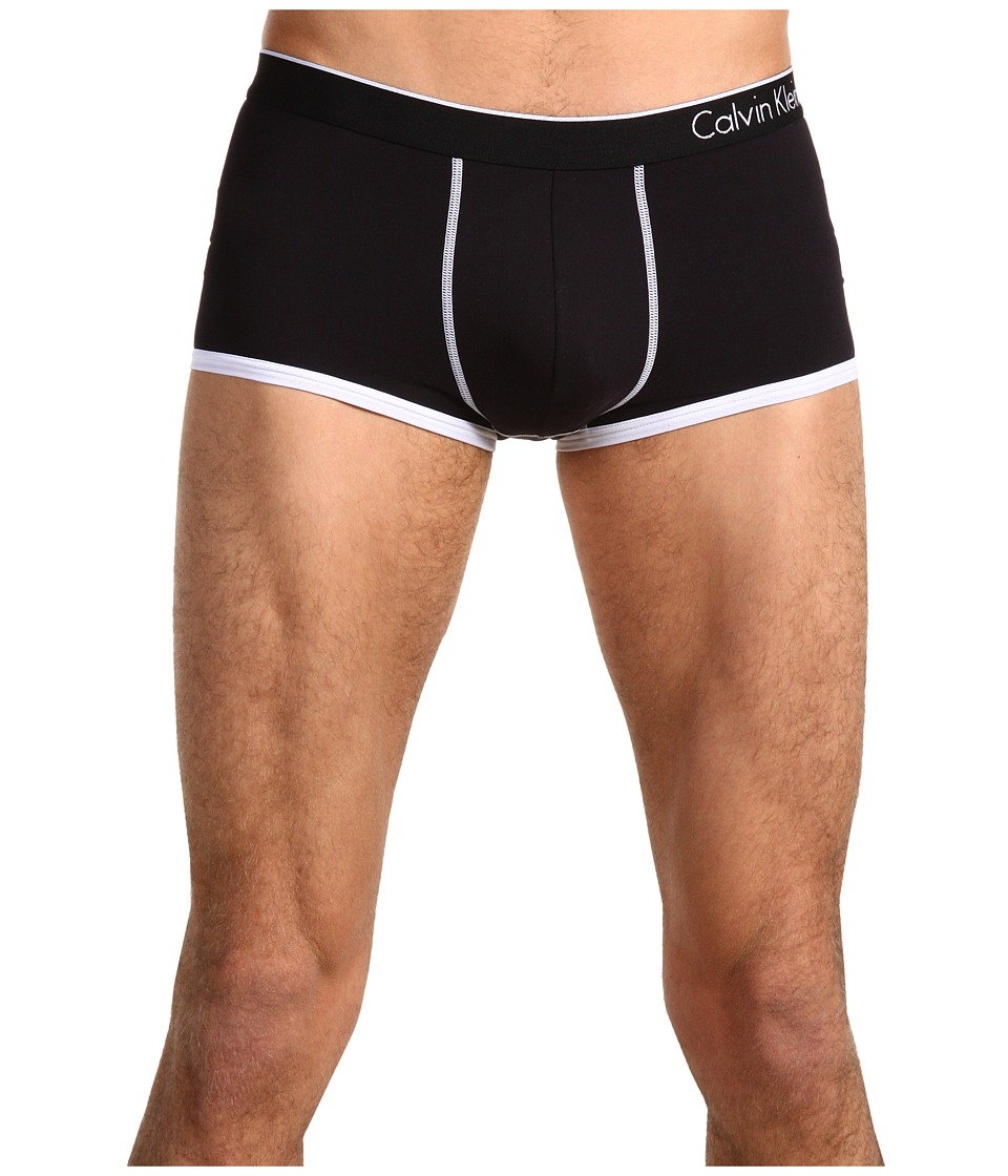 Calvin Klein Underwear - ck one Microfiber Low-Rise Trunk U8516 (Black) Men's Underwear
