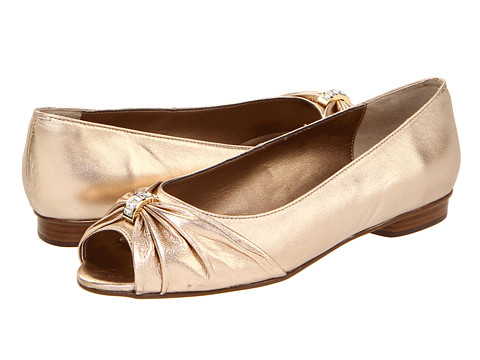 Vigotti - Artie (Gold Metallic Leather) Women's Slip-on Dress Shoes