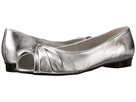 Vigotti - Artie (Silver Metallic Leather) Women's Slip-on Dress Shoes