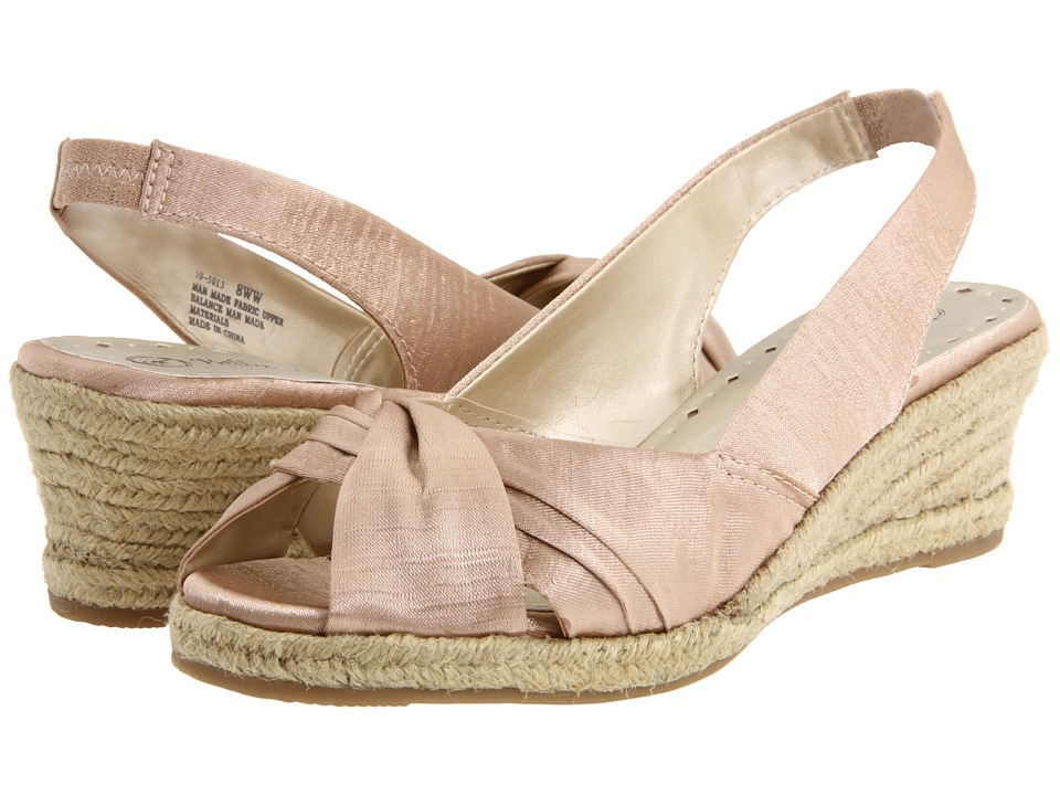 Bella-Vita - Sangria (Natural Silk) Women's Wedge Shoes