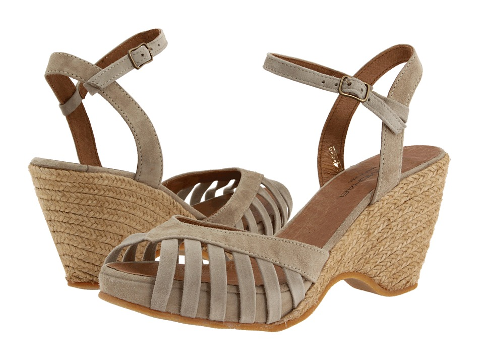 Eric Michael - Kamielle (Beige) Women's Wedge Shoes