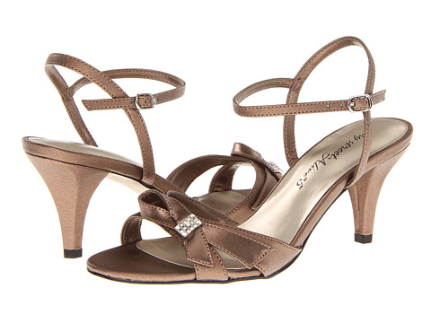 Easy Street - Starlet (Bronze) Women's Sandals