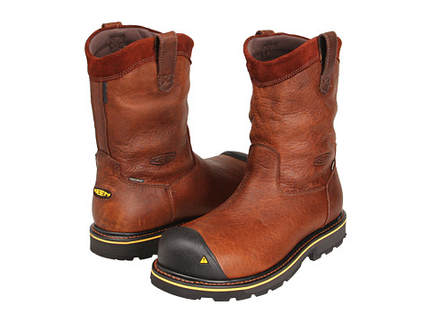 Keen Utility - Dallas Wellington Soft Toe (Dark Brown) Men