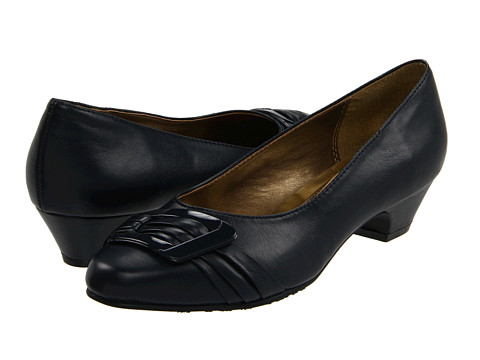 Soft Style - Pleats Be With You (Navy Vitello) Women's Slip on Shoes