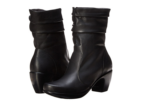 Naot Footwear - Modesto (Jet Black Leather) Women