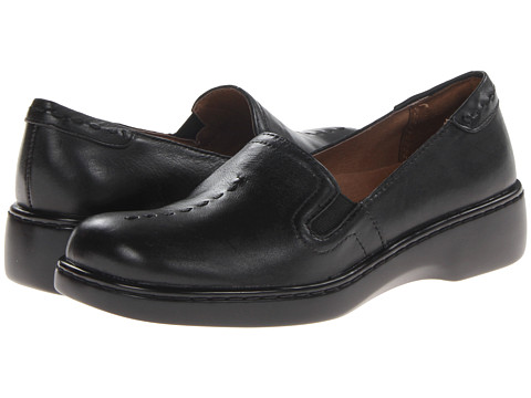 Naturalizer - Maestro (Black Leather) Women's Slip on Shoes
