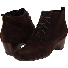 Clarks Leyden Bell (Dark Brown Suede) Footwear