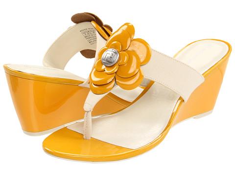 Rockport - Nicoleen Jewel Flower (Cream/Golden Rod) High Heels