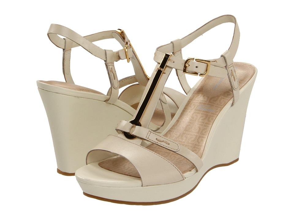 Rockport - Locklyn Pendant Qtr Strap (Cream) High Heels