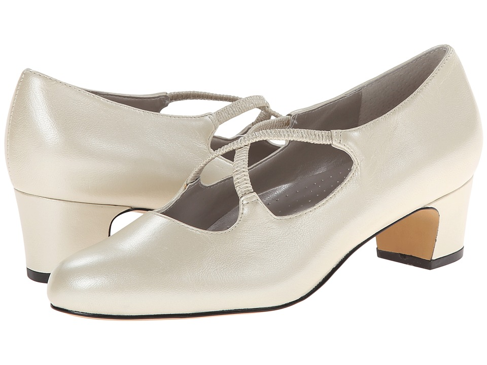 Trotters - Jamie (White Pearlized Leather) Women's 1-2 inch heel Shoes