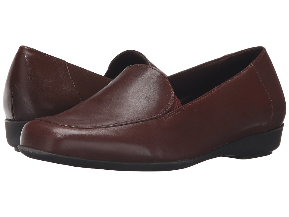 Walking Cradles - Trump Card (Tobacco Leather) Women's Slip on Shoes