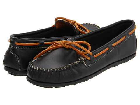Minnetonka - Leather Moc (Black) Women's Moccasin Shoes