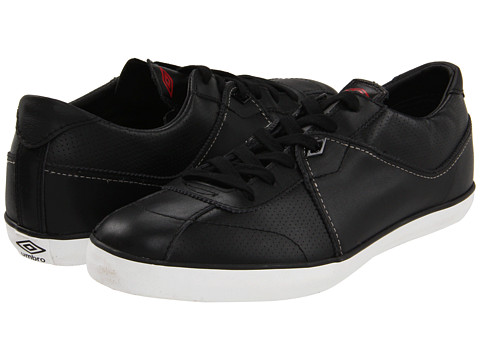 Umbro - Terrace Low Leather Vulc (Black/Black) Men