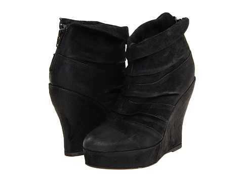 Boutique 9 - Beechia (Black Suede) Women's Wedge Shoes