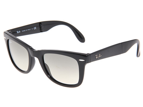 Ray-Ban - RB4105 Wayfarer Folding 50mm (Black/Gradient Lens) Plastic Frame Fashion Sunglasses