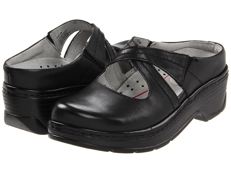 Klogs Footwear - Cara (Black Smooth) Women's Clog Shoes