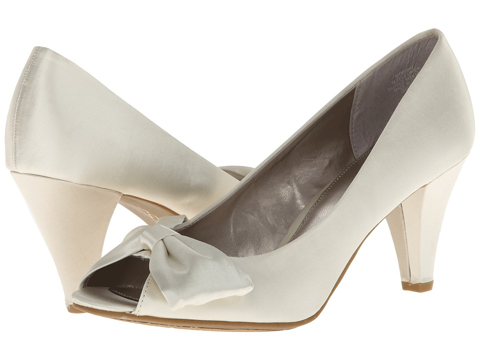 rsvp - Wishy (Ivory Satin) Women's Bridal Shoes
