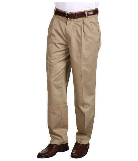 Dockers Men's - Never-Iron Essential Khaki D3 Classic Fit Pleated (British Khaki) Men's Casual Pants