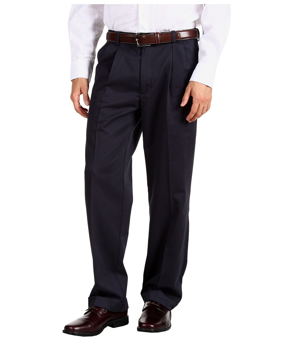 Dockers Men's - Comfort Waist Khaki D3 Classic Fit Pleated (Navy) Men's Casual Pants