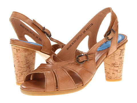 Kickers - Artyfisse (Camel) High Heels