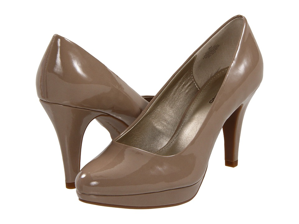 Bandolino Capture 5 (Light Natural) High Heels