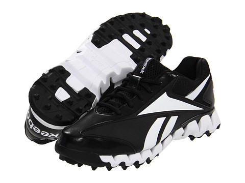 Reebok - ZigMagistrate (Black/White) Men's Cleated Shoes