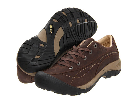 Keen - Toyah (Chocolate Brown) Women's Walking Shoes