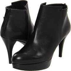 Stuart Weitzman Swell (Black Butter Calf) Footwear