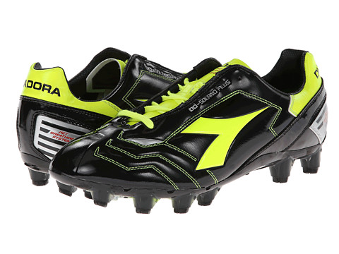 Diadora - DD Solano Plus (Black/Yellow) Men's Soccer Shoes