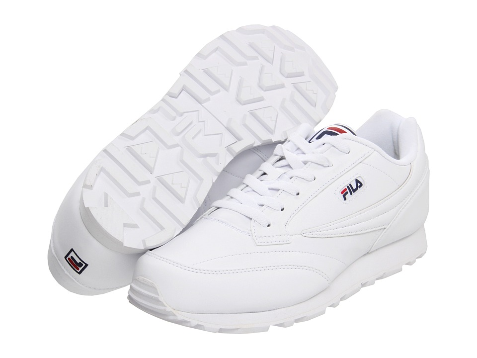 Fila - Classico 9 (White/Peacoat/Chinese Red) Men's Tennis Shoes