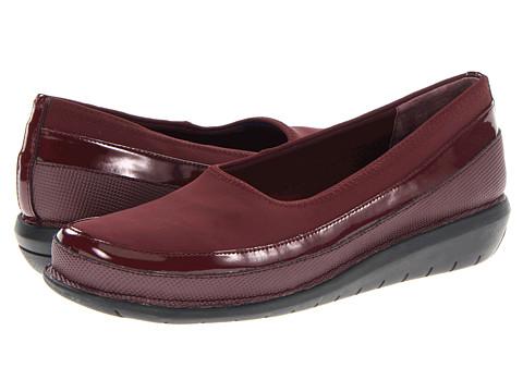 SoftWalk - Marla (Dark Red/Black) Women's Slip on Shoes