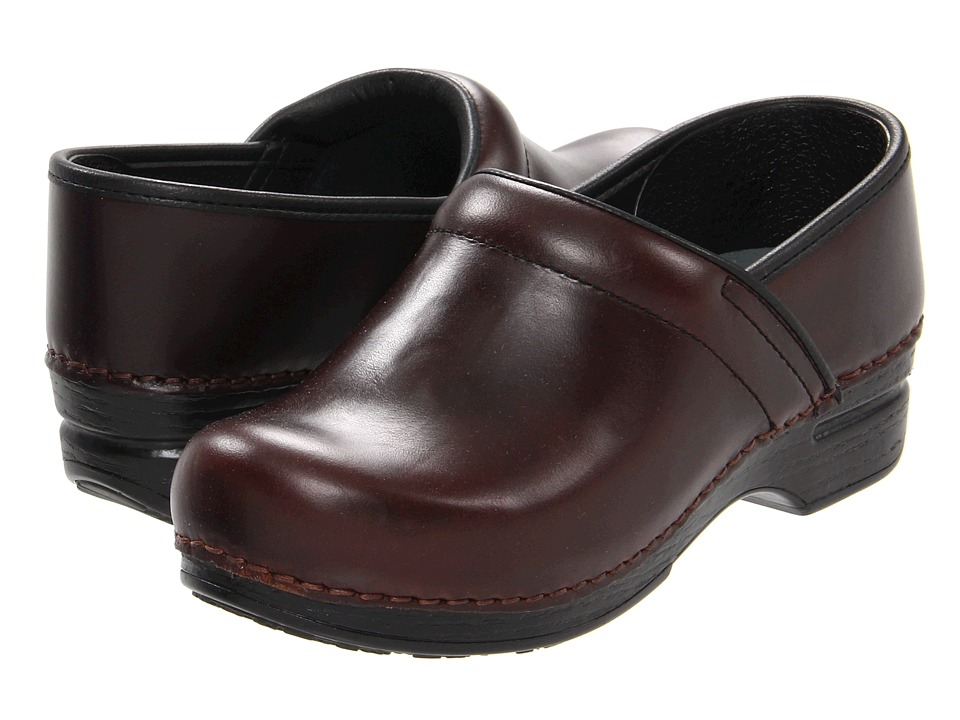 Dansko - Pro XP Professional (Espresso Pull-Up) Women's Clog Shoes