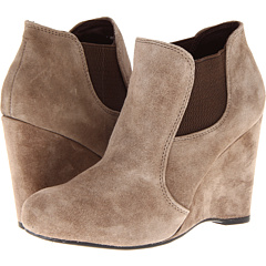 Born Jeda Crown Collection (Sasso Suede) Footwear