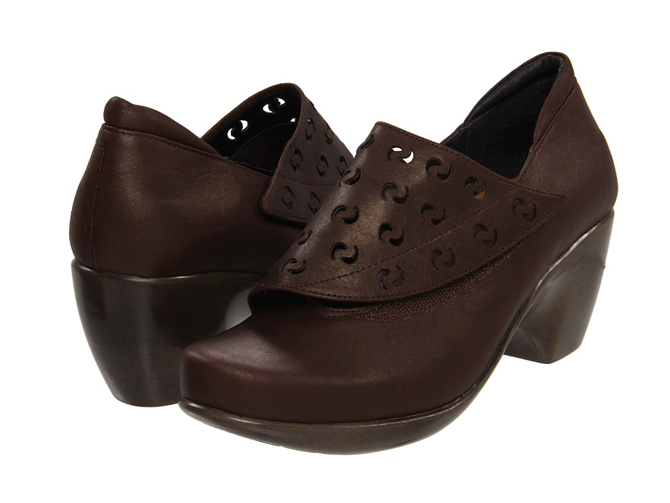 Naot Footwear - Precious (Brown Shimmer Nubuck) Women's Slip on Shoes