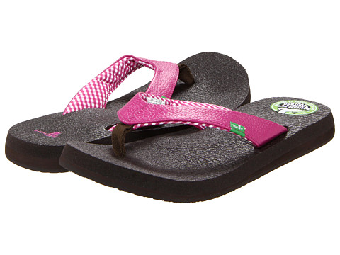 Sanuk - Yoga Mat (Fuchsia) Women's Sandals