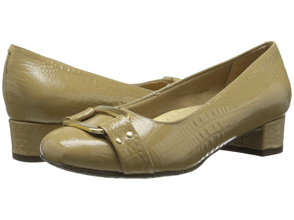 Trotters - Doris Signature (Taupe Croco Patent) Women's Slip on Shoes