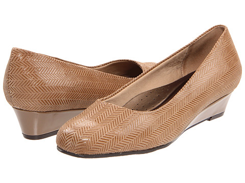 Trotters - Lauren (Taupe) Women's Wedge Shoes